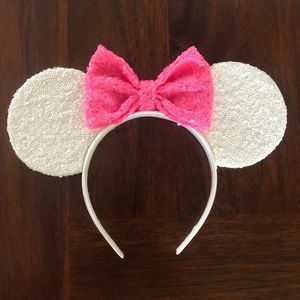 Minnie Mouse ears bought on Etsy